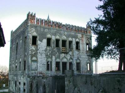 Villa Draghi PRIMA del restauro 2005_2006 (01)